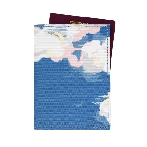 PASSPORT HOLDER CLOUDS