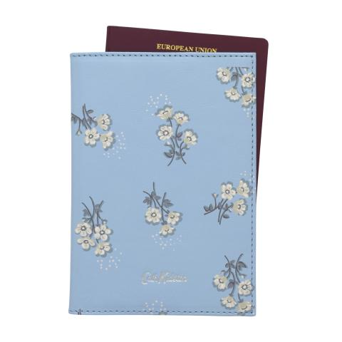 PRINTED LEATHER PASSPORT HOLDER  SMALL BUTTERCUP BUNCH CORNFLOWER