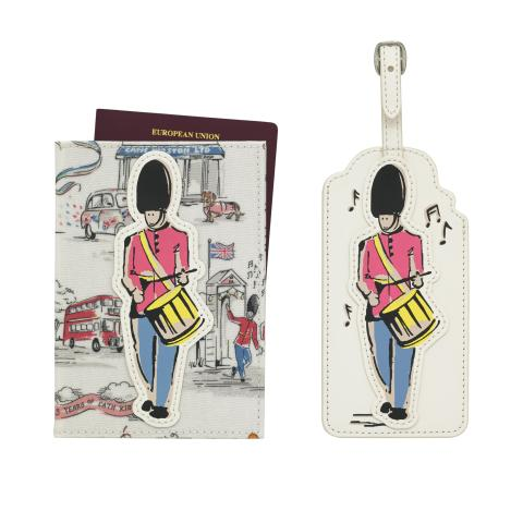 25TH ANNIVERSARY GUARD PASSPORT HOLDER AND LUGGAGE TAG BIRTHDAY PARTY VINTAGE CREAM
